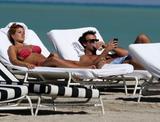 th_45151_Jesica_Cirio_Bikini_Candids_on_the_Beach_in_Miami_October_29_2012_14_122_187lo.jpg