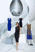 VB dresses Autumn/Winter 2013- collection Th_090382918_vogue_122_347lo