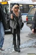 [Image: th_73114_Lady_Gaga_33_122_36lo.jpg]
