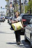 http://img285.imagevenue.com/loc365/th_97938_Hilary_Duff_out_in_Beverly_Hills72_122_365lo.jpg
