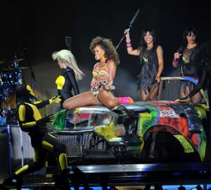 > Rihanna Performs Live in Belfast - Photo posted in The Hip-Hop Spot | Sign in and leave a comment below!
