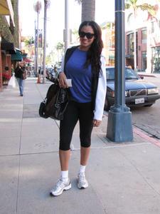 ЛаЛа Васкес, фото 50. La La Vazquez Leaving a workout in Beverly Hills - January 4, 2011, foto 50