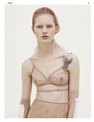 Ханна Холман, фото 14. Hannah Holman for Dazed & Confused, photo 14
